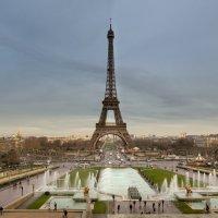 Железная Леди Франции :: человечик prikolist