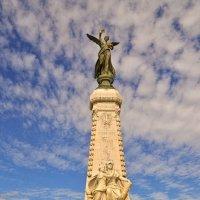 Богиня Победы над Бухтой Ангелов :: Лидия Цапко