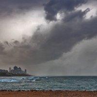 Непогода над Бат Ямом :: Юрий Вайсенблюм