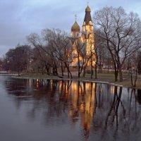 Храм :: Людмила Алексеева