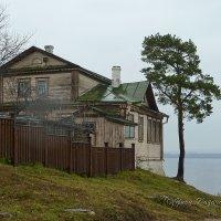 Остров-град Свияжск. Окраина :: Юрий Казарин