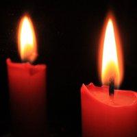 свеча и ее отражение :: Nurgul