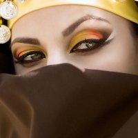 Арабская девушка :: Рузана Амири