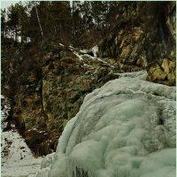 Камышлинский водопад в феврале. :: Владимир Михайлович Дадочкин