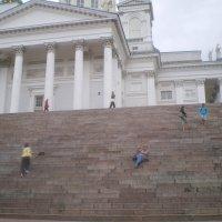 Лестница у Кафедрального собора в Хельсинки. 2012г. :: Мила
