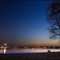 Вечерний город :: Denis Aksenov