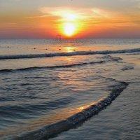 Ласковые волны :: Мария Богуславская