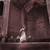 Узбекский танец :: Валерий Талашов