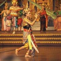 Прелестные девушки Таиланда... :: Людмила Шустова