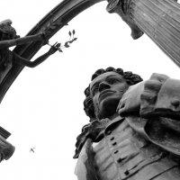 Памятник А.С. Пушкину, фонтанный спуск, ул. Московская. Саранск (скульптор Н.М. Филатов) :: Alexandr Shemetov