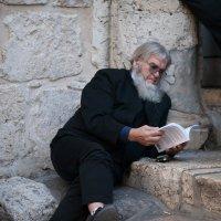 паломник у Храма гроба Господня :: Павел L
