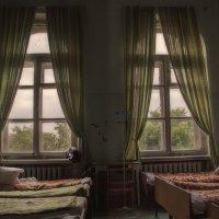 Старая больница. :: Лилия *
