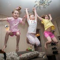 Кадр с пижамной вечеринки :: Денис Роженко