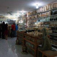 Торговый зал фабрики камня. :: Лидия кутузова