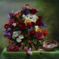 С цветами и гнездом :: Светлана Л.