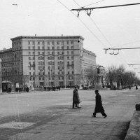 Новосибирск. Памятник Сталину на Красном проспекте. :: Олег Афанасьевич Сергеев