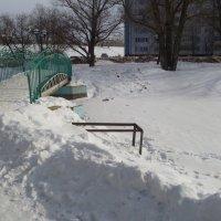 Скоро, уже скоро растает снег и здесь будет пруд... :: НАДЕЖДА КЛАДЧИХИНА