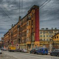 Дом - утюг на Боровой улице :: Владимир Горубин