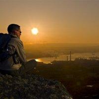 Глядя на ночной город... :: Artyom S