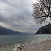 Озеро Гарда :: Лариса Акбашева