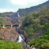Индия. Трехкаскадный водопад, 200+200+200м :: Владимир Шибинский