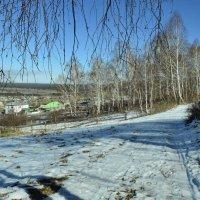 В горах еще белеет снег :: galina tihonova