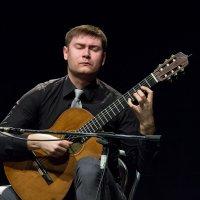 Гитарист 2 :: Павел Белоус