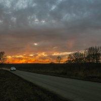 Уходя от заката. :: Юрий Клишин