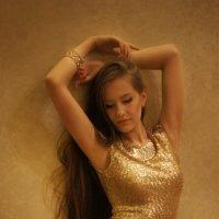 фотографировала любимую сестру! :: Daria Storozhkova
