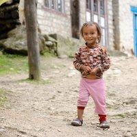 Непальская девочка :: Альбина Ахмедьянова