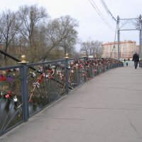 Ногинск. Клязьма. Мост неразлучного счастья... :: Владимир  Зотов