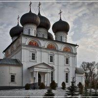 Вятка. Успенский собор Трифонова монастыря :: Владимир Белозеров