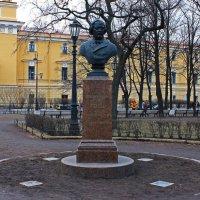 Памятники Александровского Сада.(Глинка.) :: Александр Лейкум