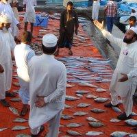 Рыбный базар в Омане :: Елена Байдакова