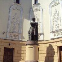 Памятник Пушкину. Казань :: Екатерина Чернышова