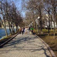 Чистые пруды :: Sergey Izotov