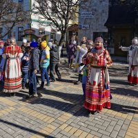Встреча юных гостей :: Валерий Шибаев