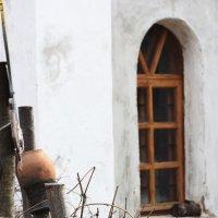 Монастырское окошко :: Юлия Назарова