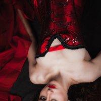 Le Rouge et le Noir :: Наталья Колесавина