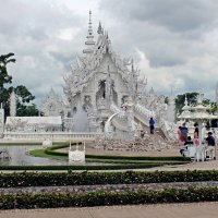 Таиланд. Чанг-Рай. Белый храм :: Владимир Шибинский