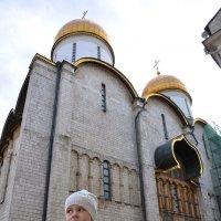 Остановилась тихо в день воскресный... :: Ирина Данилова