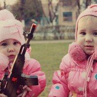 Девчонки на вооружении!!!! :: Наталья Шестак