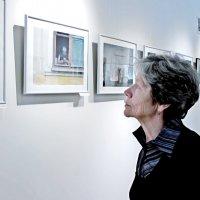 На фотовыставке. :: Надежда Ивашкина