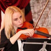скрипачка  Кристина.. :: Марина R