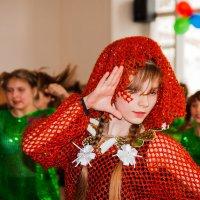 Танец. :: Николай Симусёв