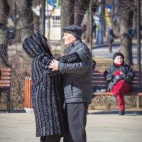 Танцплощадка- танец молодости :: Дмитрий Сушкин