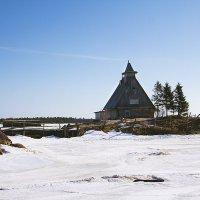 Заброшенная церковь :: Наталия Галуза