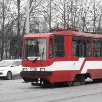Весенний трамвай.Питер :: ii_ik Иванов