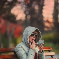 Зеркало – это такой инструмент, который помогает женщине опаздывать :) :: Алексей Латыш