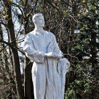 Скульптура на ВДНХ-Экспоцентр в Киеве-4 :: Владимир Бровко